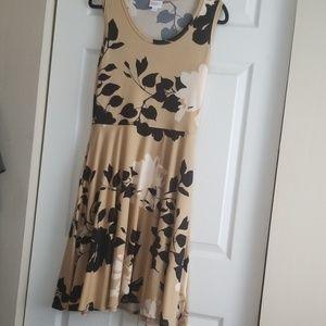 Nikki dress, sz Med beige/black/cream, by LulaRoe